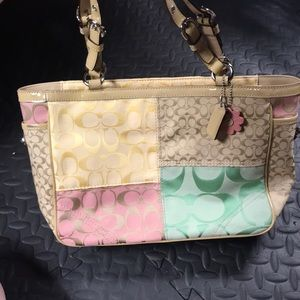 Authentic beautiful Coach bag!!
